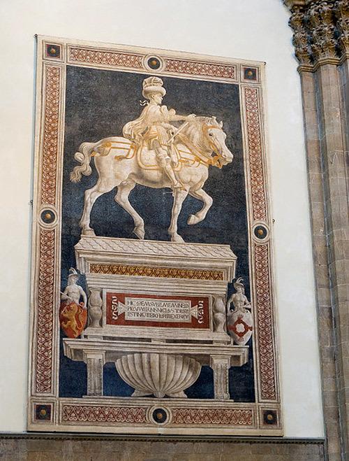 Trên tường nhà thờ treo nhiều bức tranh có niên đại vài trăm năm, chủ yếu theo phong cách Phục hưng.