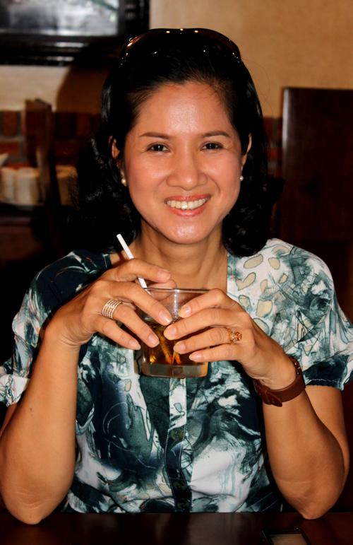Diễn viên Thủy Cúc diễn vai mẹ của người đẹp Thúy Diễm trong phim này.