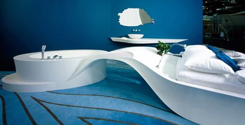 Kết hợp bồn tắm và giường tạo nên không gian thư giãn tuyệt vời.