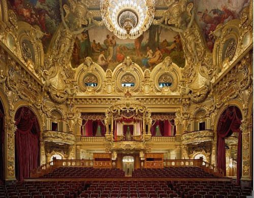 opera-house-interior-gold-and-red-665x51