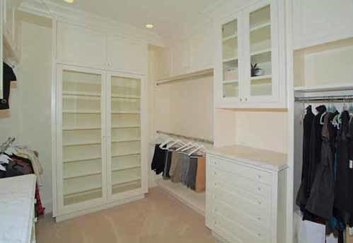 Phòng để quần áo.