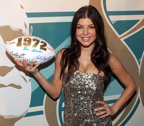 Năm ngoái, Fergie có mặt tại buổi kỷ niệm ngày sinh nhật lần thứ 80 của huyền thoại bóng bầu dục Don Shula tại Miami.