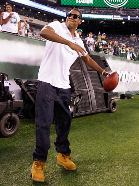Chồng của Beyonce, Jay-Z cũng có mặt trong trận đấu giữa Dallas Cowboys và New York Jets tại East Rutherford, New Jersey hôm 11/9.