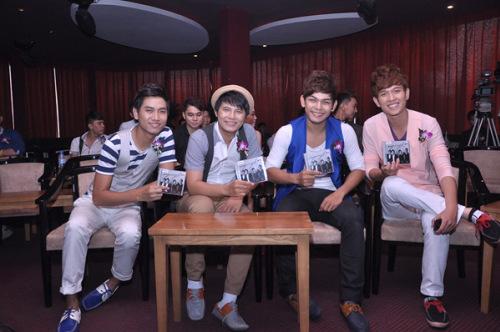 4 chàng trai của V.Music.