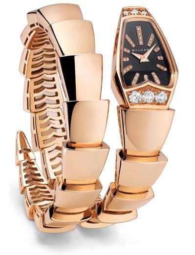 Đồng hồ Serpenti làm từ vàng hồng, đính kim cương