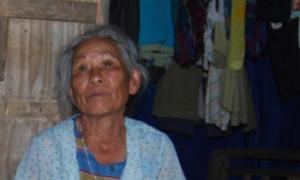 Cụ bà 80 tuổi 'rửa hài cốt' suốt ba thập kỷ