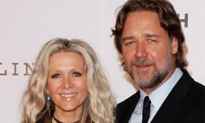 'Võ sĩ giác đấu' Russell Crowe ly hôn
