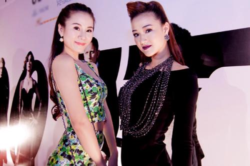 Chân dài Hà Nội đi xem phim cùng bạn thân là ca sĩ Maya.