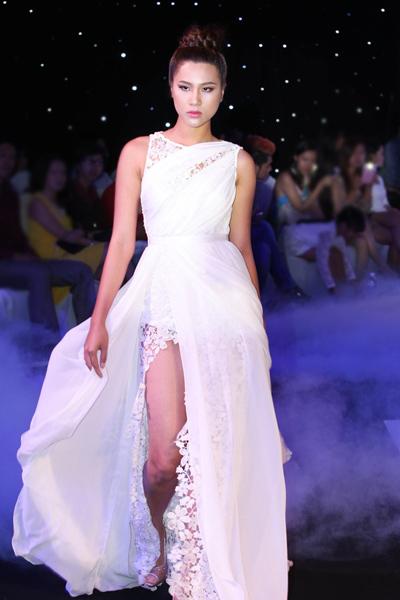 Siêu mẫu Kim Dung.