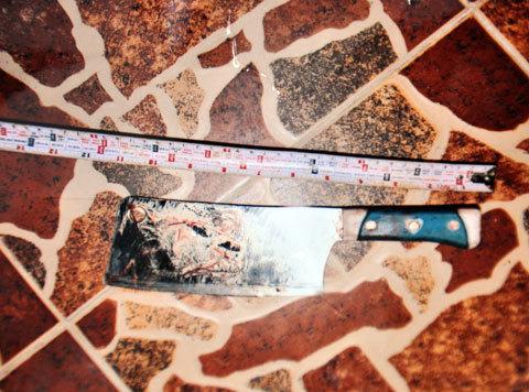 Con dao Sang dùng để gây án.