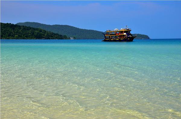 Một trong những bãi biển tuyệt vời nằm sát biên giới Việt Nam.
