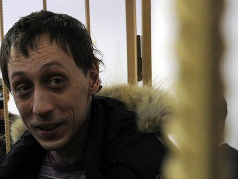 Dmitrichenko thừa nhận có bàn bạc về kế hoạch tấn công Sergei Filin nhưng bác bỏ cáo buộc ra lệnh dùng axit.