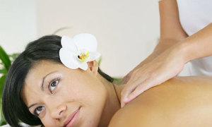 Massage giảm căng thẳng trước ngày cưới