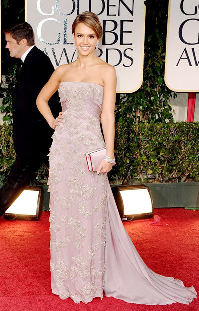 This pale purple is not for everyone but Jessica Alba's Latina looks mean she carries off this embellished Gucci gown perfectly. We love this Golden Globes look.
