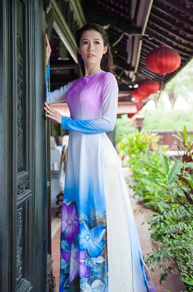 Có nhiều cơ hội để đổi đời từ chiếc vương miện nhưng hiện tại, Thu Quyên vẫn có cuộc sống giản dị như sinh viên. Cô mới chuyển lên Sài Gòn sống để thử sức với nghệ thuật. Vì muốn tiết kiệm chi phí cho những dự án phát triển nghề nghiệp, cô đang sống trong một phòng trọ nhỏ ở vùng ven ngoại thành.