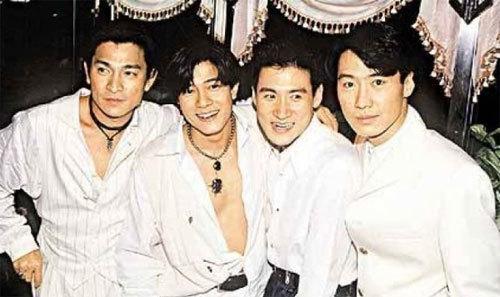 4 nghệ sĩ nổi tiếng từng chiếm trọn trái tim của khán giả, mỗi người có lượng fan riêng hùng hậu.