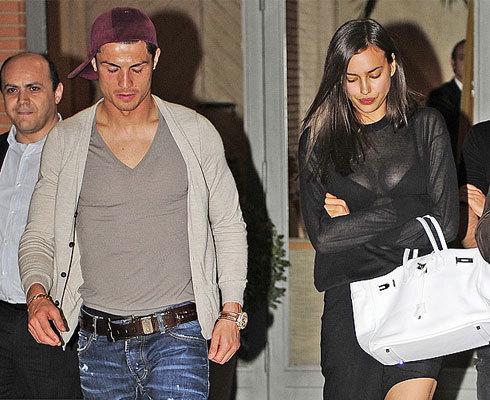 Irina Shayk mặt như 'đưa đám' sau bữa ăn tối với C. Ronaldo. Ảnh: Sun.