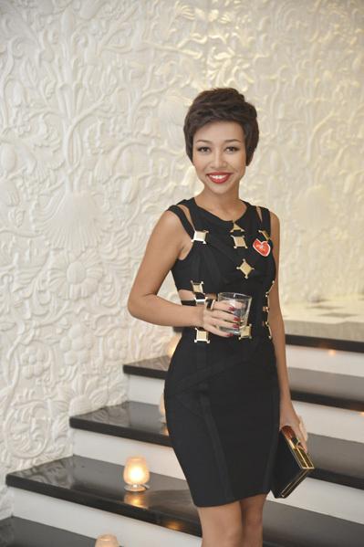 Ca sĩ Thảo Trang xinh đẹp hơn với mái tóc mới.
