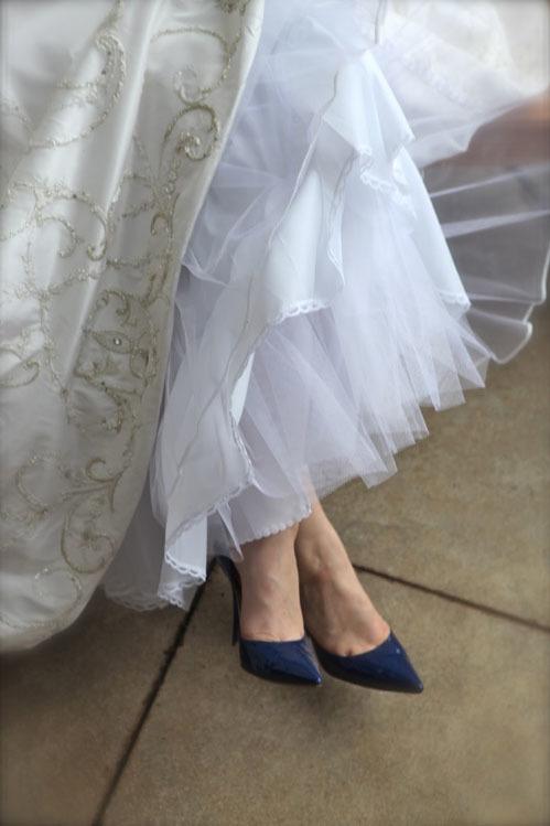 blue-bridal-shoes-10-236535-1373133858_5