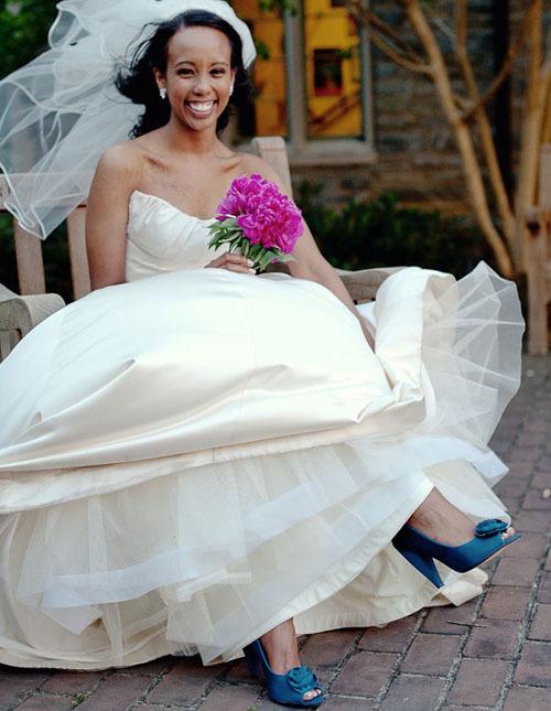 blue-bridal-shoes-11-987239-1373133858_5
