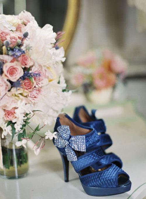 blue-bridal-shoes-13-973257-1373133859_5