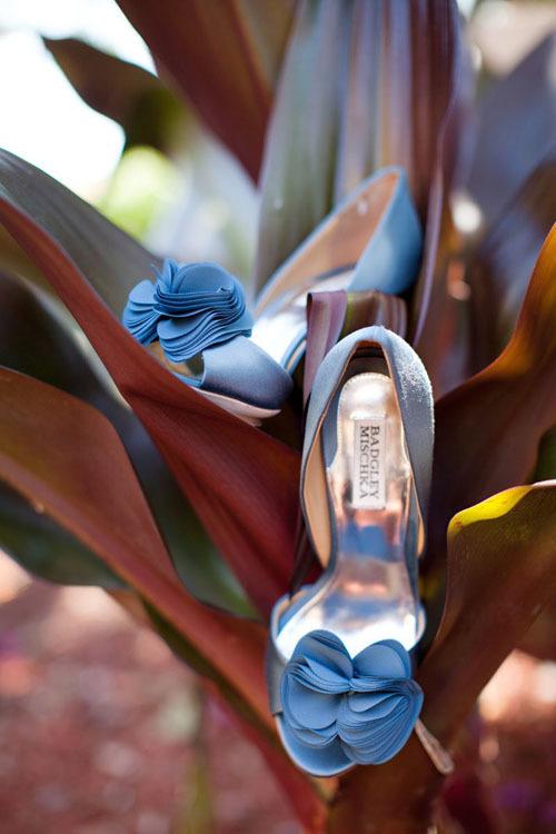 blue-bridal-shoes-14-453531-1373133859_5
