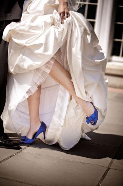 blue-bridal-shoes-3-263400-1373133858_50