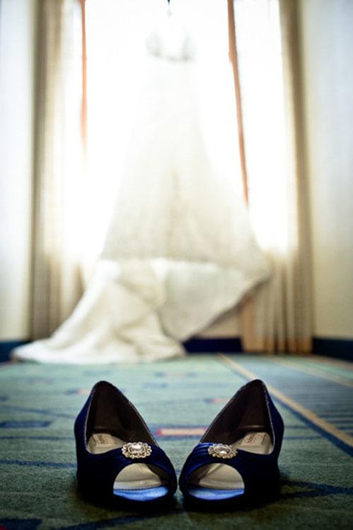 blue-bridal-shoes-8-752011-1373133858_50
