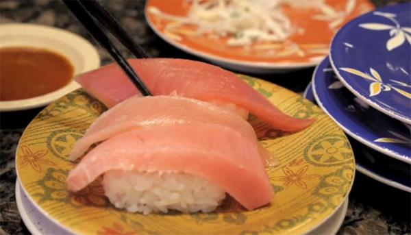 Conveyor Belt Sushi Restaurant (xem clip)