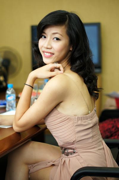 Lê Thùy Trang vội vàng đến dự vòng phỏng vấn sau khi vừa kết thúc kỳ thi Đại học. Cả gia đình đều làm về thời trang và rất ủng hộ cô thử sức ở cuộc thi nhan sắc.