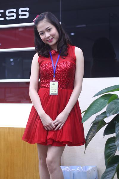 Nguyễn Thị Thanh Huyền từng có 1 năm du học tại Bắc Kinh, tuy nhiên cô bỏ dở