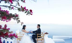 Ảnh cưới đẹp: Chuyện tình trên đảo Santorini
