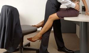 Stress vì chồng ngoại tình triền miên