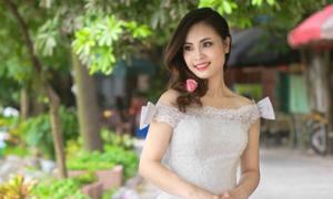 Váy cưới cổ điển cho cô dâu vai gầy
