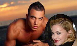Madonna bị đồn tán tỉnh trai trẻ kém 29 tuổi
