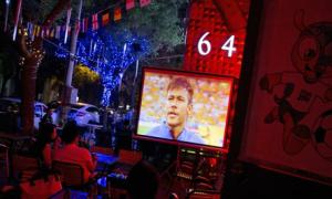 Chết sau 3 đêm thức xem World Cup