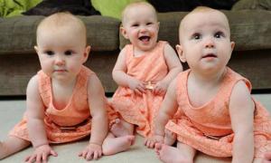 Sơn móng chân để dễ phân biệt con sinh ba