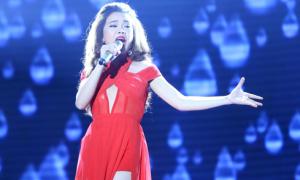 Thí sinh X-factor 'nổ tung' với loạt hits nhạc Việt