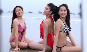 Thí sinh Miss Ngôi Sao chụp bikini dưới mưa