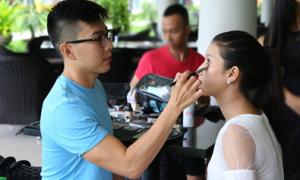 Hậu trường make up của thí sinh Miss Ngôi Sao