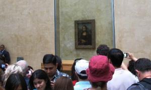 Đi bảo tàng Louvre ngắm nụ cười nàng Mona Lisa