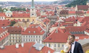Ảnh cưới lãng mạn ở không gian Praha cổ kính