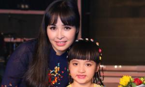 Trang Nhung tự hào về con gái cưng