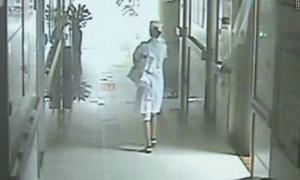 Đóng giả y tá bắt cóc trẻ sơ sinh