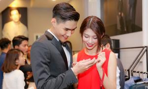 Quỳnh Châu và bạn trai tình tứ đi sự kiện