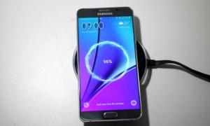 Galaxy Note 5 - smartphone sạc nhanh hàng đầu
