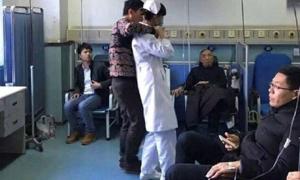 Y tá bị bệnh nhân uy hiếp giữa bệnh viện