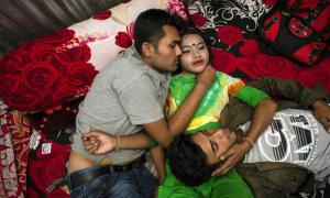 Bên trong nhà thổ lâu đời nhất Bangladesh