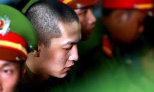 Nguyễn Hải Dương: 'Bị cáo cầm dao, trợn mắt bắt Tiến làm theo'