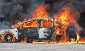 Cháy ôtô trong sân bay Nội Bài, một người tử vong